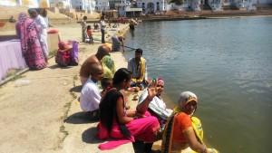 Pushkar, rituali sul lago sacro.