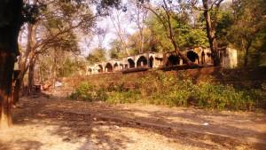 Rishikesh, villaggio di Swarg Ashram. L'ashram Maharishi che ha ospitato i Beatles nel 1968, ora abbandonato.