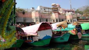 Chitrakoot, 13 febbraio 2016. Il Raghavghat visto dal fiume..