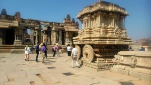 Karnataka, Hampi. Vitthala Temple e Stone Chariat. XVI secolo.