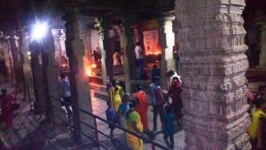 Karnataka, Hampi.Sera al Virupaksha Temple, XV secolo.