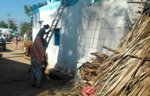 Karnataka, Karnataka, Kalamapura. Attività per le vie del centro.