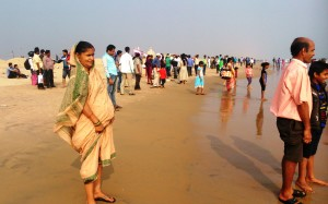 Orissa, Konark. Chandrabhaga Beach nel pomeriggio del primo giorno dell'anno.