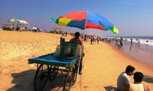 Orissa, Puri. 28 dicembre 2015. La spiaggia Est.