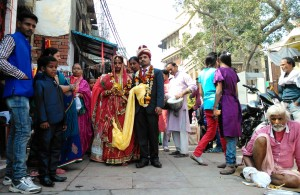 Varanasi, 17 febbraio 16. Sposi.