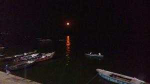 Varanasi, 23 feb notte