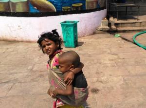 Varanasi, 28 marzo 2016. Incontri sui ghat.