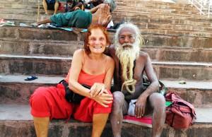 Varanasi, 5 aprile 2016, Rajendraprasad Ghat. Con il guru Shiva Raja Giri.