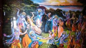 Vrindavan, 11 aprile 2016. Un dipinto sulle pareti della biblioteca del Mungar Raj Mandir Ashram.