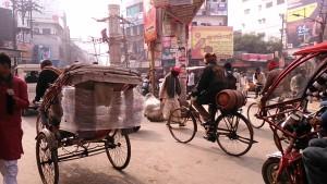 Varanasi, 13 dicembre 2016. L'incrocio di Godonia in versione invernale.