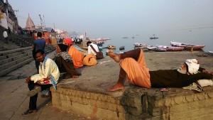 Varanasi, 13 dicembre 2016. Pomeriggio lungo i ghat