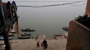 Varanasi, 8 dicembre 2016. Ritorno al Chousatti Ghat.