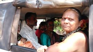 Gokarna, 7 febbraio 2017. Minivan da Gangavali a Gokarna.