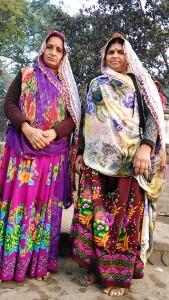 Maheshwar, 26 dicembre 2016. Donne in pellegrinaggio.