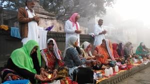 Maheshwar, 26 dicembre 2016. Rituale all'apice della celebrazione.