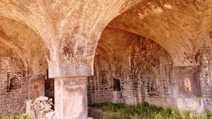 Mandu, 27 dicembre 2016. Resti della Chorkoot Moschea.