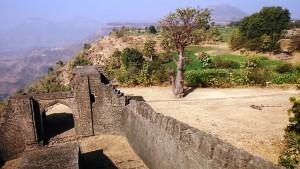 Mandu, 27 dicembre 2016. Una delle porte del territorio murato nel periodo Moghul.