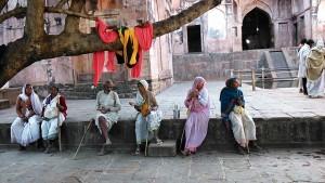 Mandu, 29 dicembre 2016. Pellegrini al tempio di Shiva.