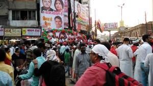 Varanasi, 4 marzo 2017. Manifestazione con la presenza di tutti i partiti candidati alle elezioni.