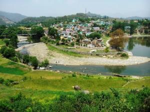 Baijnath e il fiume Gomti.
