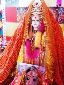 Nainital, 27 aprile 2017. Saraswati, la dea delle arti.