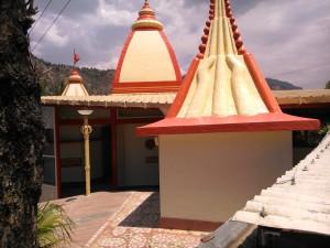 Nainital, dintorni, 26 aprile 2017. Hanuman Temple.