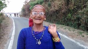 donna di Kasar Devi